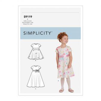 Patron Simplicity 9119 Robe princesse fille dos nu cœur - de 3 à 8 ans