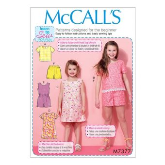 Patron McCall's 7377 Hauts, robes style tente, combinaison et short pour filles