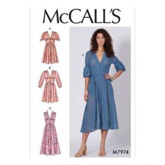 Patron Mc Call's 7974 - robes pour jeune femme tailles du 34 au 50
