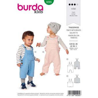 Patron Burda 9295 Salopette bébé short à bretelles - du 56 au 98