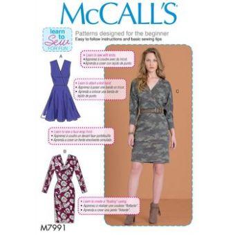 Patron Mc Call's 7991 - Robe cache - coeur du 36 au 50